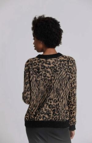 Animal jaquard pullover